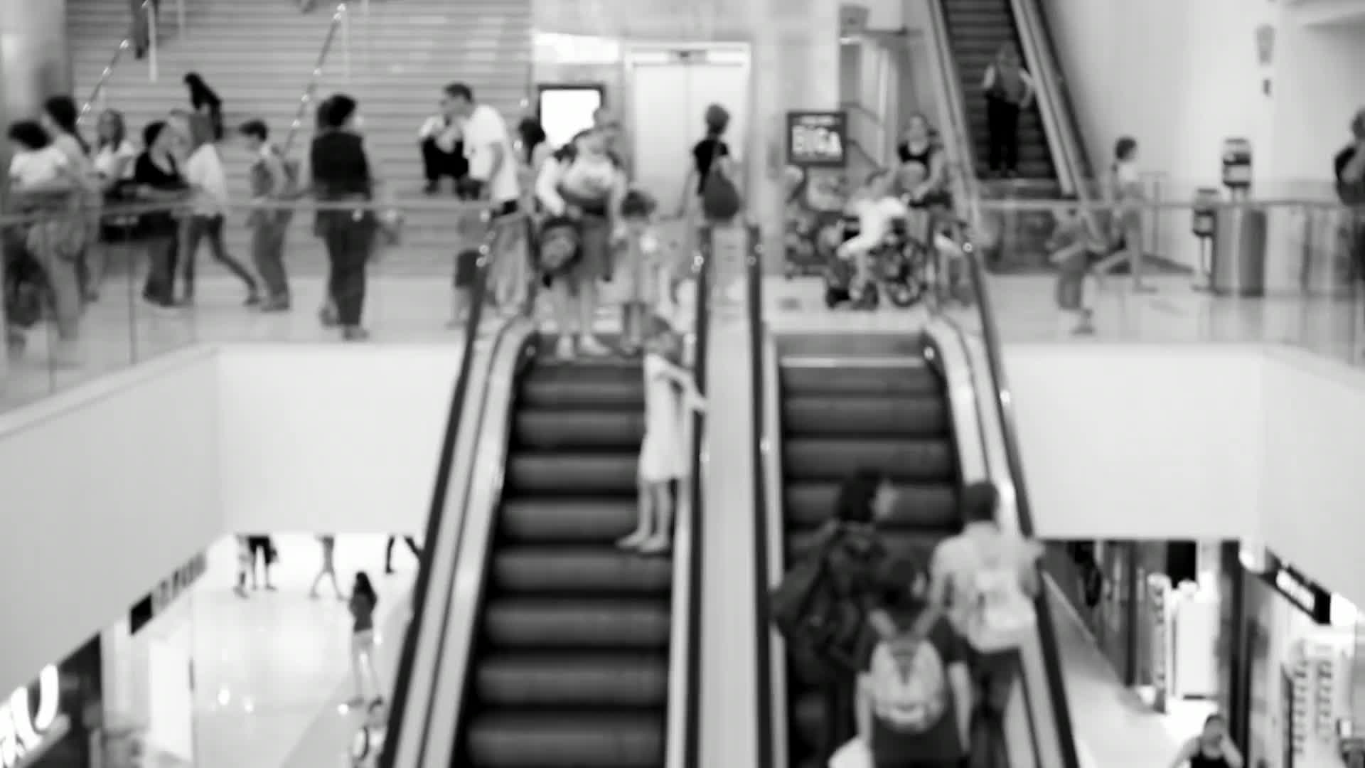 formation-analytics-escalator